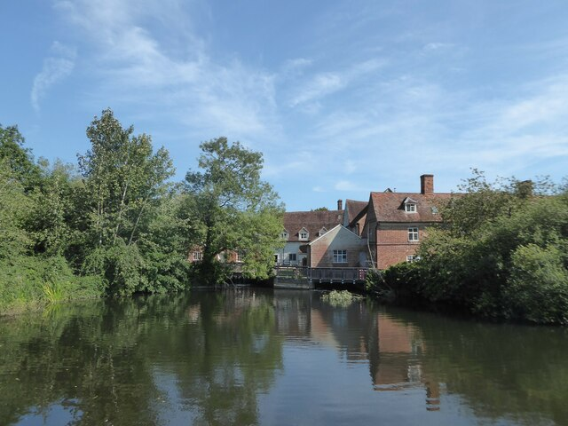 Constable, that's a Gainsborough: Flatford Mill