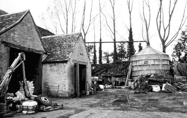 Badminton Farm Farmyard, Badminton, Gloucestershire 2000