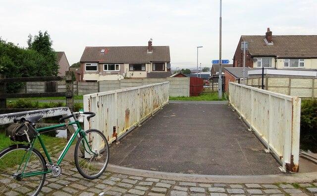 Swing bridge, Rochdale Canal