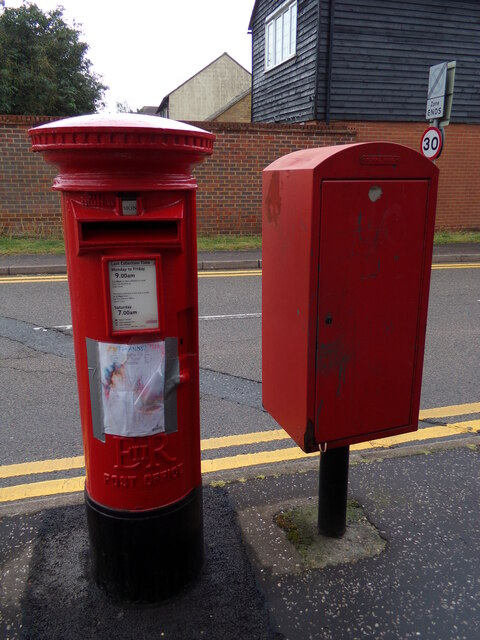 Tower Road Postbox & Royal Mail Dump Box