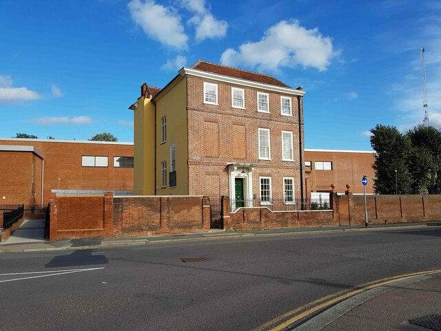 Watford: Frogmore House