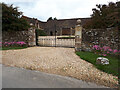 ST8687 : Stone barn, Pinkney Court by Vieve Forward