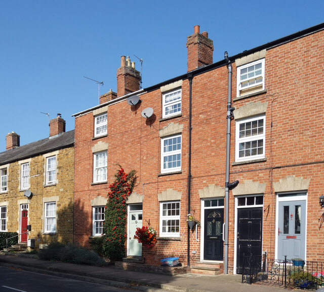 Terraced Frontages, Castle Street