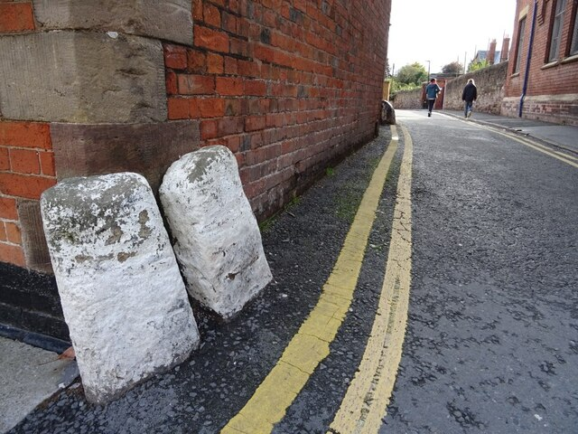 Guard stones on corner of Castle Street