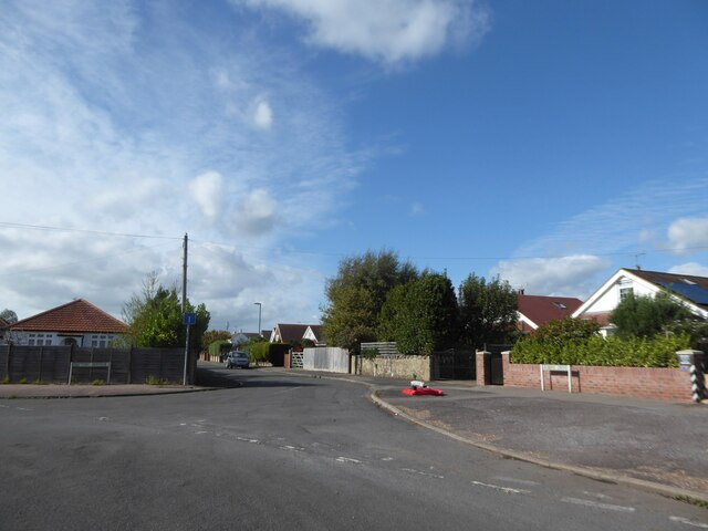Junction of Sefton Avenue and Robins Drive