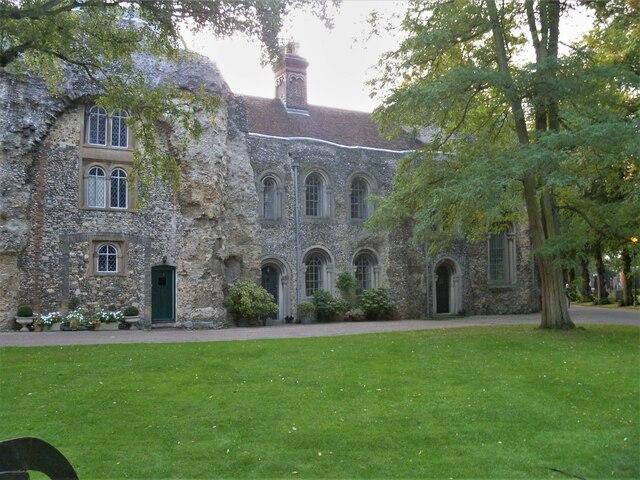 Bury St Edmunds Abbey precincts [24]