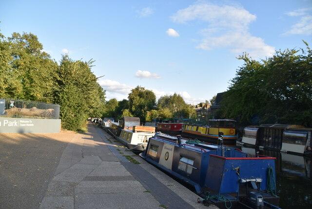 Narrowboat, Regent's Canal
