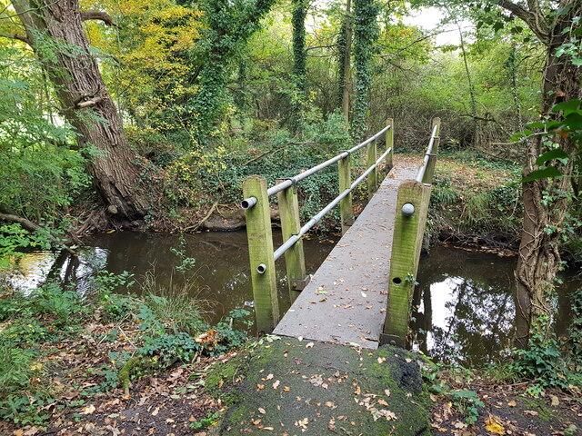 Footbridge over Seeley Brook, Broughton Green