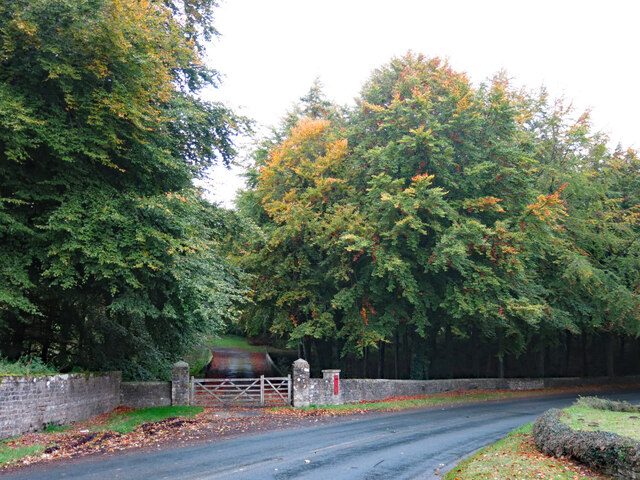 Private road to Aske Hall off the B6274 at Olliver Cottages