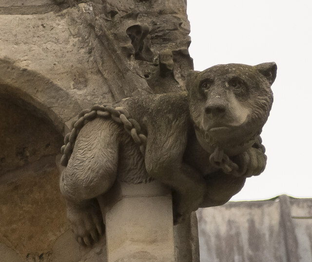 Lincoln Cathedral, Bear carving