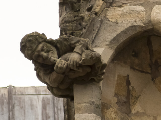 Lincoln Cathedral, Carved Piper