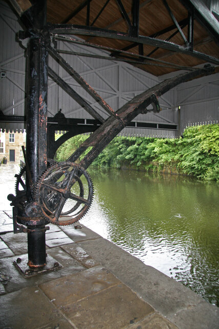 Crane at Burnley Wharf