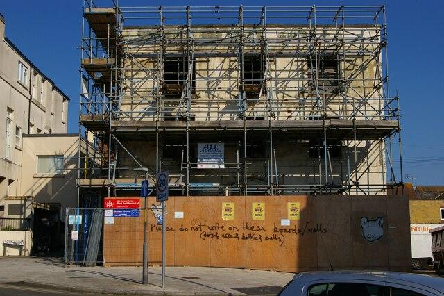 Pre-emptive graffiti, former hotel, Margate