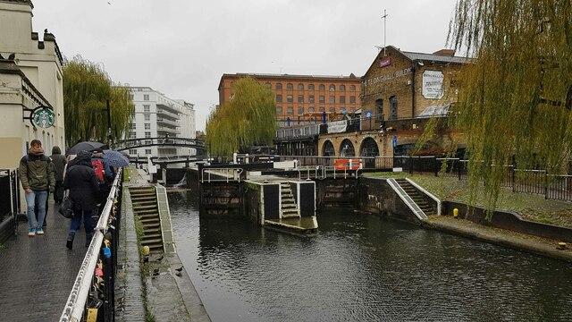Regent's Canal: Hampstead Road Locks