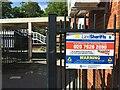 SU8656 : Open access onto Farnborough Station by Sandy B
