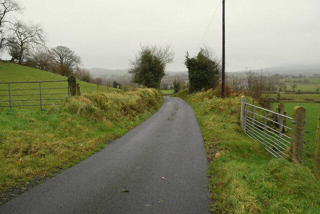 Bend along a minor road, Bomackatall Upper