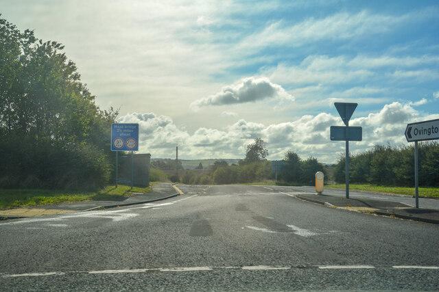 Ovington : Road