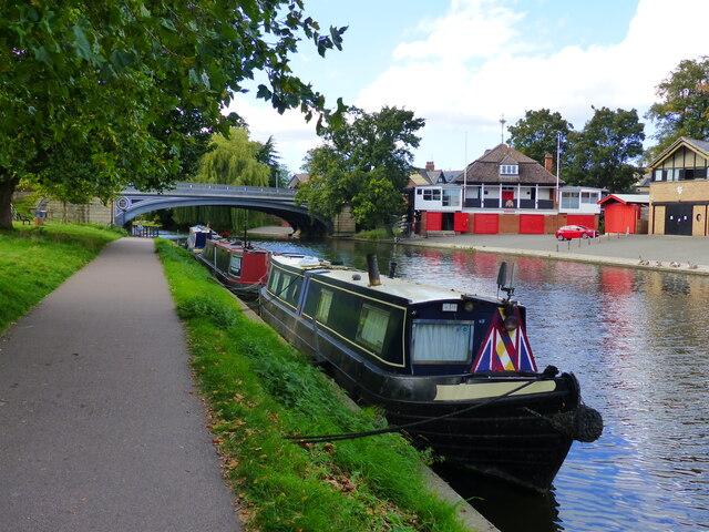 Canal barges and Victoria Bridge, River Cam, Cambridge