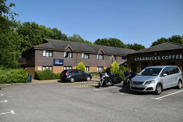 Travelodge & Starbucks, Emsworth East Services