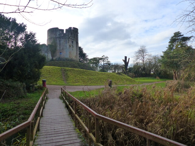 Caldicot Castle from footbridge, Caldicot Country Park