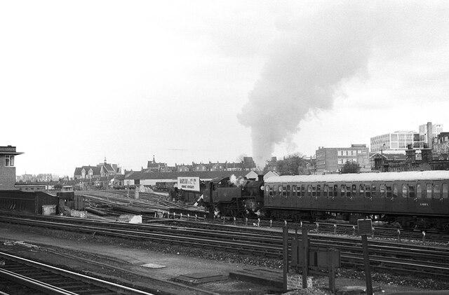 Leaving for Kensington Olympia, Clapham Junction – 1966