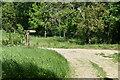 TQ6228 : Footpath fingerpost, Wadhurst Park by N Chadwick