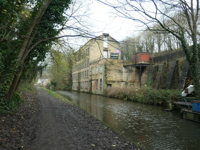 Rochdale Canal at Denholme Mill, Luddendenfoot