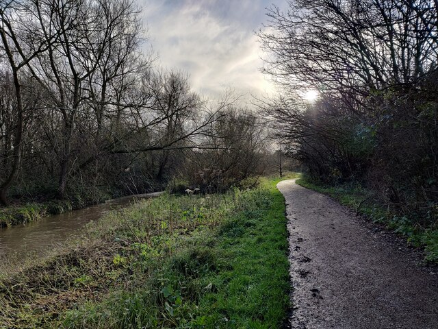 Millstream Way along the River Cole
