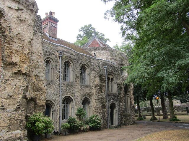 Bury St Edmunds - Cathedral Precinct