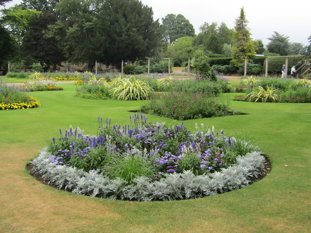 Bury St Edmunds - Abbey Gardens
