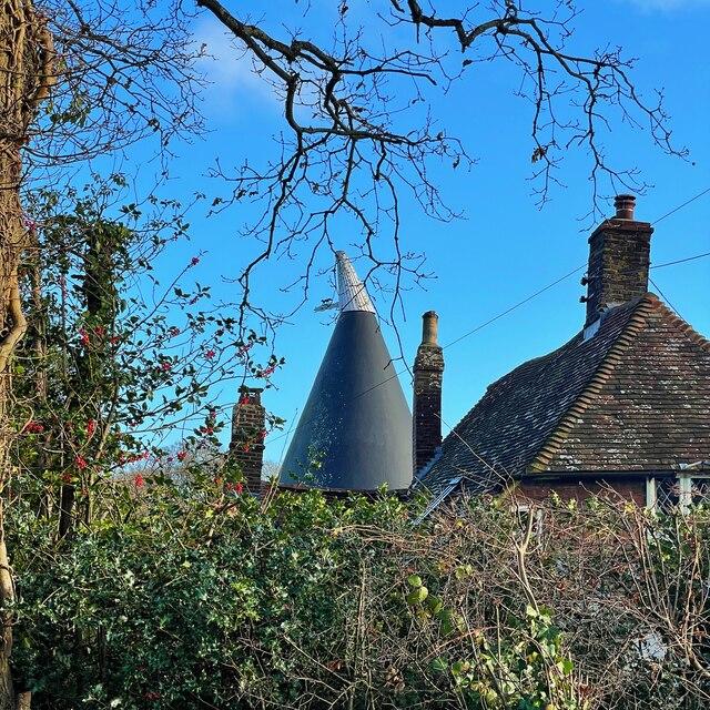 Winterstow Farm Oast, Peter James Lane, Pett