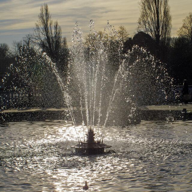 Fountain, Italian Gardens, Kensington Gardens