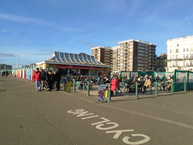 Hove Lawns cafe, Christmas Day 2020