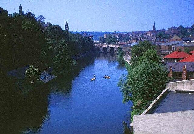 River Wear: Elvet Bridge in Durham