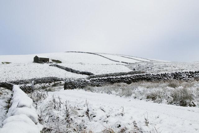 High Shaws Laithe in the snow