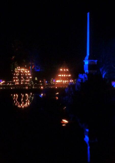 Blenheim Illuminations - (18) - Reflected flaming torches