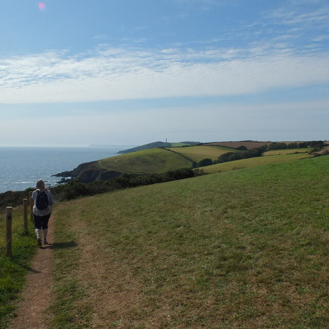Path from St Catherine's Point to Penventinue Cove