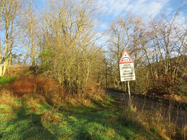 Sign for railway bridge near Rathillet