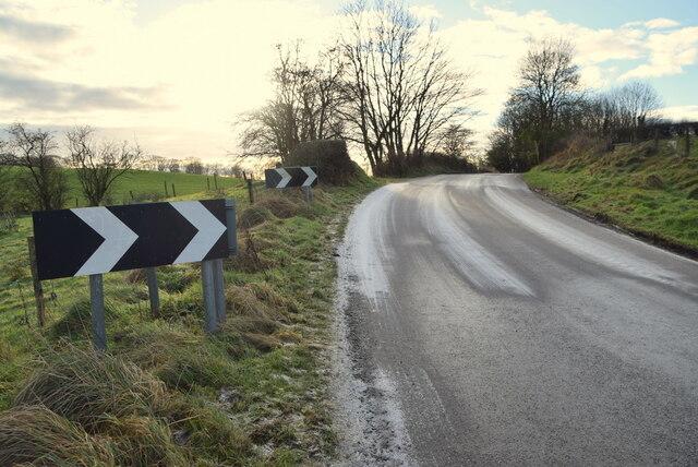 A frosty bend along Bracky Road