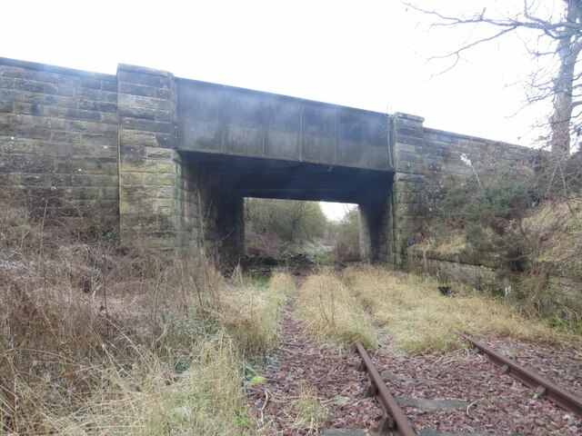 Disused railway under the B922 near Kinglassie