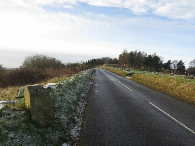 Milestone on road between Glenrothes Golf Course