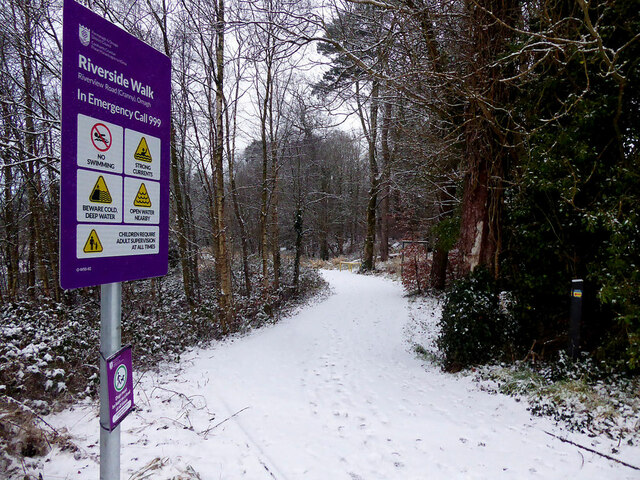 Snow along the Highway to Health path at Cranny