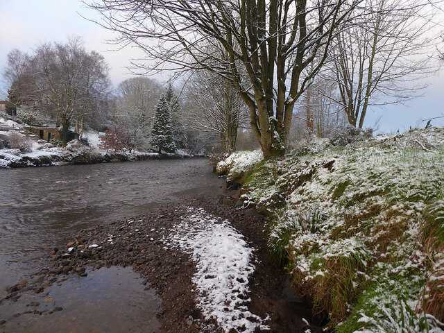Snow and gravel along the Camowen River