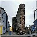 SH4762 : Town Wall, Caernarfon by PAUL FARMER