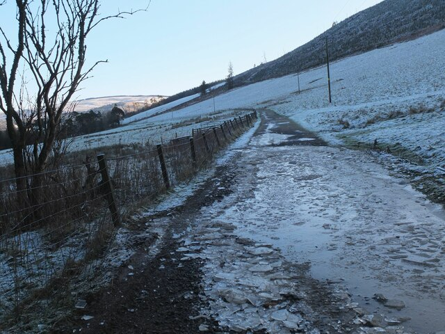 Icy track from Stobohope