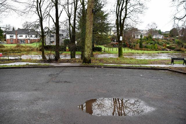Empty car park, Cranny