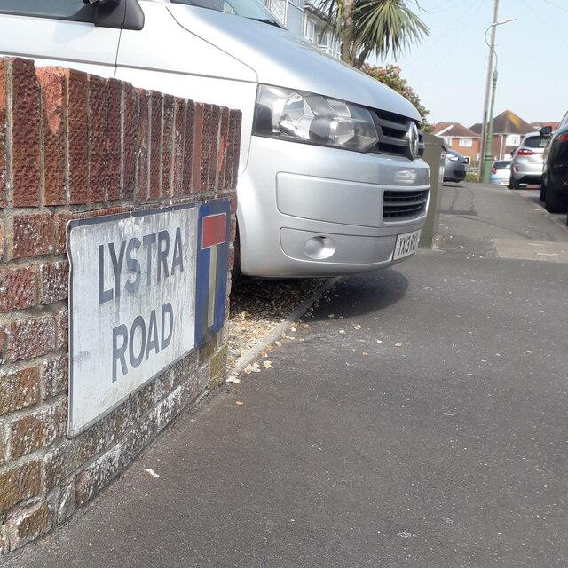 Moordown: Lystra Road
