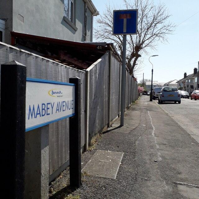 Ensbury Park: Mabey Avenue