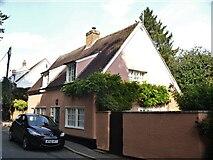 TL7835 : Castle Hedingham houses [38] by Michael Dibb