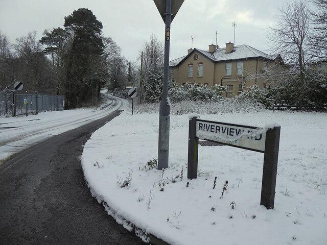 Snow, Riverview Road, Cranny